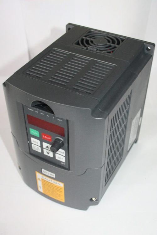 Фото 5 - Инвертор HY01D523B 1.5 кВт.