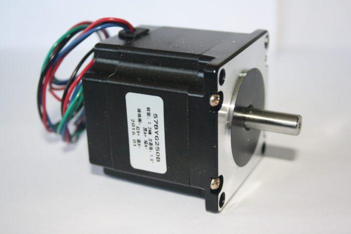 Фото 1 - Шаговый двигатель 57BYG250B 1.2Нм.