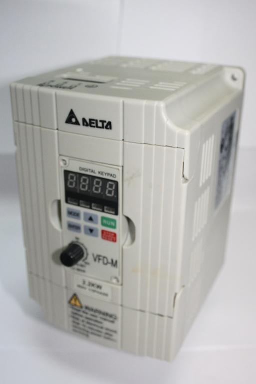 Фото 2 - Инвертор Delta VFD022M43B 2.2 кВт (380V).