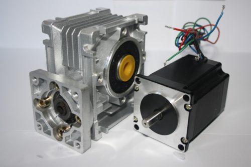 Фото 6 - Комплект червячный редуктор NMRV30 + шаговый двигатель 57.