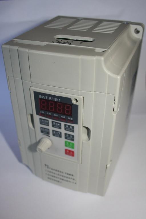 Фото 2 - Инвертор RLPM2 2RGR-S2 2.2 кВт (220 Вольт).