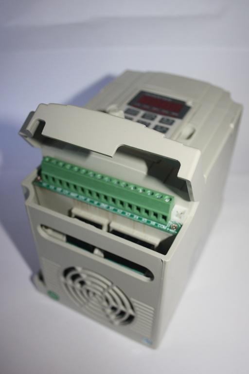 Фото 3 - Инвертор RLPM2 2RGR-S2 2.2 кВт (220 Вольт).
