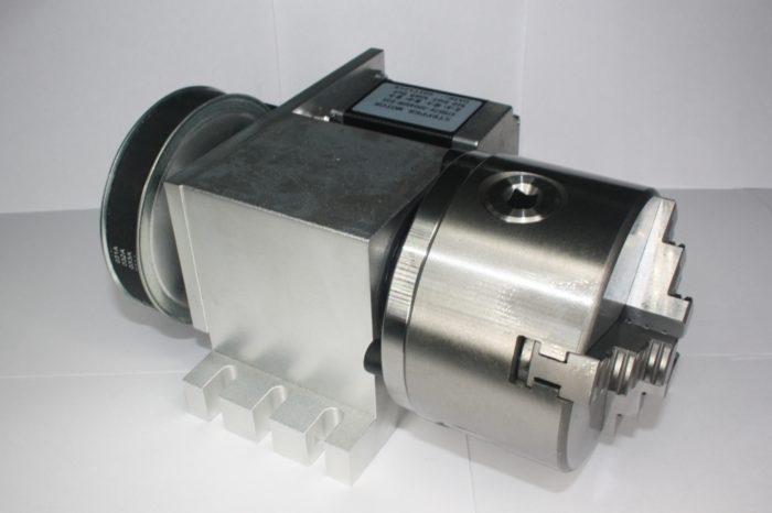 Фото 2 - Поворотная ось с ременной передачей 1:6 (шаговый двигатель 57HS76)   3-х кулачковый.