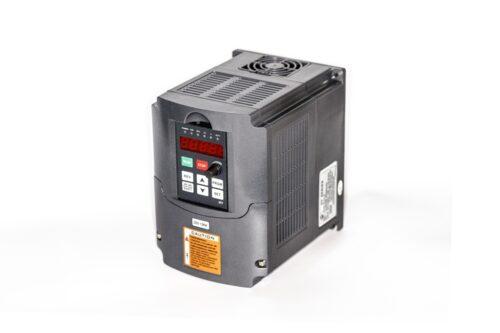 Фото 6 - Инвертор HY01D523B 1.5 кВт.