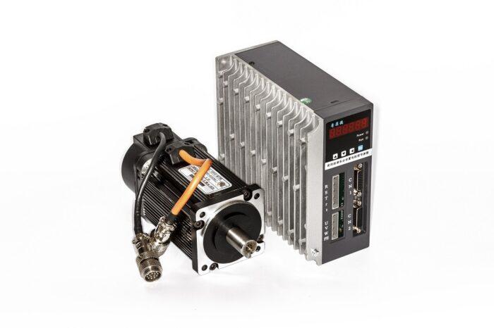 Фото 2 - Комплект сервомотор ACSM080-G0330LZ 1000W, серводрайвер H3N-DD.