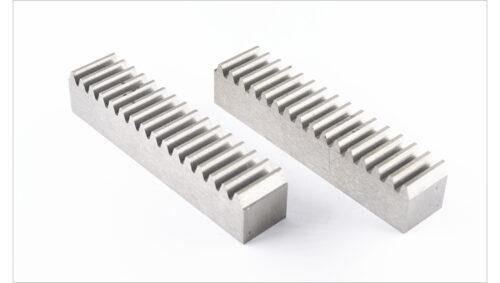 Фото 5 - Зубчатая рейка модуль  М1.25  прямозубая.